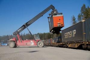 Lastning vid Katrineholms Logistikcentrum